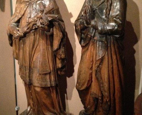 Geschichtliche Figuren am Chadim
