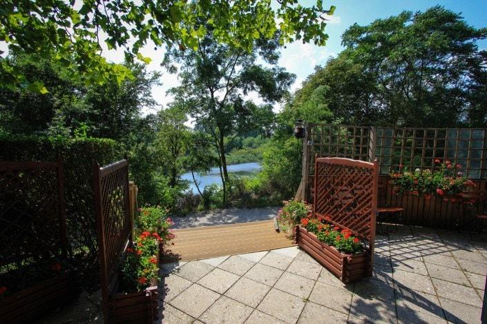 Blick am See vom Gastgarten